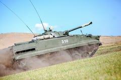 Omsk Ryssland - Juli 07, 2011: internationell militär utställning Royaltyfri Bild