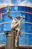 Omsk stanu theatre kukła, aktor, maskowy arlekin i rzeźba, Obraz Stock
