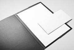Omslag, document en envelop Royalty-vrije Stock Afbeeldingen