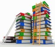 Omslagen en ladders Conceptie van carrièrevordering stock illustratie
