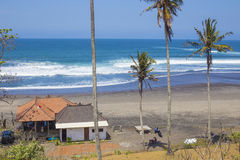 Onaangeroerd zandig strand Stock Afbeelding