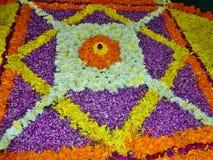 Onam-Blumendekoration in Kerala Lizenzfreie Stockfotos
