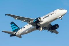 5A-ONB Afriqiyah Airways, flygbuss A320-214 Arkivbild