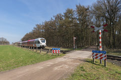 Onbewaakte spoorweg kruising Stock Foto