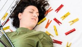 Onbewuste Huisvrouw - Ongeval thuis Royalty-vrije Stock Foto's