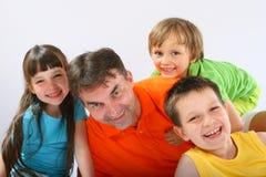 Oncle avec les neveux et la nièce Photos libres de droits