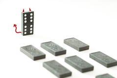ond konung för domino Arkivfoton