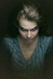 ond läskig spöklik kvinna royaltyfri fotografi
