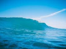 Onda blu in tropici Fotografie Stock Libere da Diritti