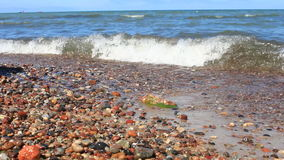 Onda bonita na praia vídeos de arquivo