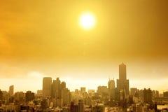 Onda de calor do verão na cidade foto de stock