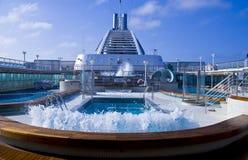 Onda de la piscina del barco de cruceros Foto de archivo libre de regalías