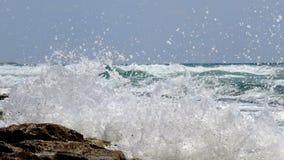 Onda de la resaca del mar en verano foto de archivo libre de regalías