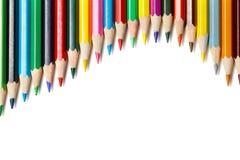 Onda de mentira coloreada de los lápices Fotos de archivo libres de regalías