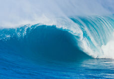 Onda de oceano gigante fotografia de stock royalty free