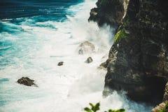 Onda de oceano poderosa fotografia de stock