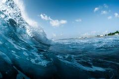 Onda de oceano que quebra na costa Foto de Stock Royalty Free