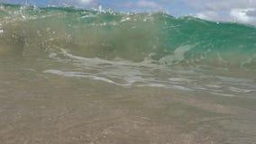 Onda de Sandy no shorebreak de Havaí filme