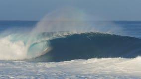 Onda de Unridden na costa norte de Oahu vídeos de arquivo