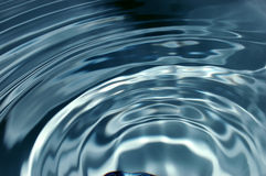 Onda di acqua Fotografie Stock Libere da Diritti