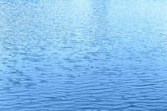 Onda di acqua blu Fotografie Stock Libere da Diritti