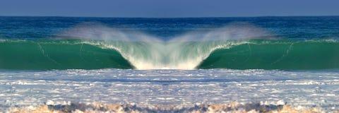 Onda di acqua perfetta dell'oceano Fotografie Stock