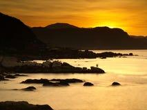 Onda do algodão & luz do sol dourada Fotos de Stock Royalty Free