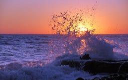 Onda do por do sol Fotografia de Stock Royalty Free