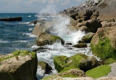 Onda en la costa Imagen de archivo libre de regalías