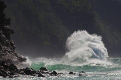 Onda estupenda, Kauai, Hawaii Fotografía de archivo libre de regalías