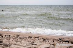 Onda hermosa en la playa Fotos de archivo libres de regalías