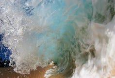 Onda na praia de Keiki Imagens de Stock