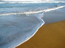 Onda sulla sabbia Fotografia Stock