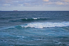 Ondas adaptación el océano Imagen de archivo