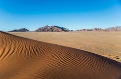 Ondas de arena en la duna de Elin Imagen de archivo libre de regalías