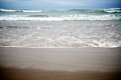 Ondas de la bahía de Nehalem Imagenes de archivo