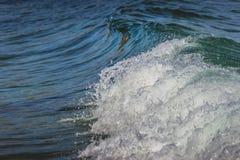 Ondas de la calma de Malibu fotografía de archivo libre de regalías