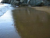 Ondas de la marea Foto de archivo