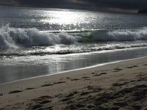 Ondas de la playa de Malibu Imágenes de archivo libres de regalías