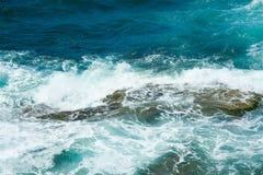 Ondas do mar Mediterrâneo Fotos de Stock Royalty Free