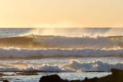 Ondas do nascer do sol Foto de Stock