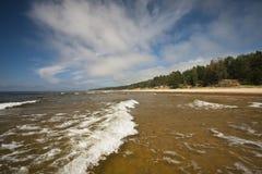Ondas en el mar Imagenes de archivo