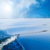 Ondas en el mar. Imagen de archivo libre de regalías