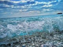 Ondas en el mar adriático Imagenes de archivo