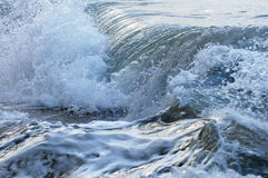 Ondas en el océano tempestuoso Imagen de archivo
