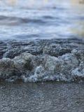 Ondas en el pequeño lago en Nevada Foto de archivo libre de regalías
