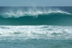 Ondas en la playa de Chia Fotografía de archivo