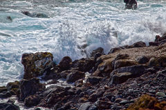 Ondas en rocas Imagen de archivo