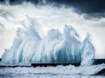 Ondas gigantes Fotografia de Stock