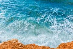 Ondas hermosas en el mar Fotografía de archivo